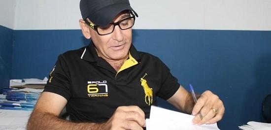 Prefeito Alex Testoni anuncia que vai pagar o novo piso aos professores de Magistério