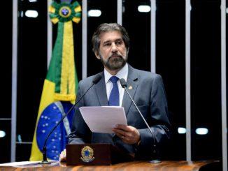 Senador Raupp defende que reajuste dado aos policiais federais seja extensivo aos policiais civis do ex-território de Rondônia.