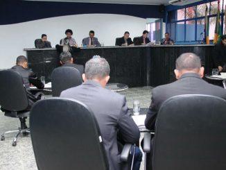 4ª Sessão Ordinária, que aconteceu nesta terça-feira (14), foi presidida pelo vice-presidente Joaquim Teixeira (PMDB)