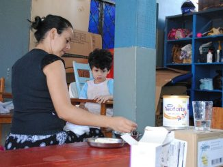 O lote do suplemento adquirido pela Prefeitura será ofertado a 42 crianças atendidas na unidade. Foto: Jota Batista.