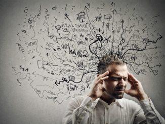 Na verdade, um estudo divulgado, recentemente, pelo jornal científico Neuron Journal sugere que o esquecimento é um processo natural do cérebro que pode, até, nos tornar mais inteligentes no fim do dia!