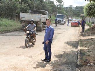 autor do pedido para instalação de um bueiro que há três anos resolveu o problema de inundação na localidade
