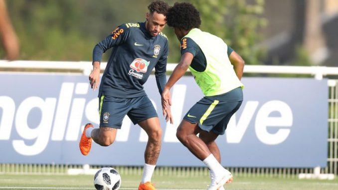 Neymar que, mesmo voltando de uma longa inatividade, por causa de uma lesão, teve intensa movimentação - Direitos reservados/Confederação Brasileira de Futebol