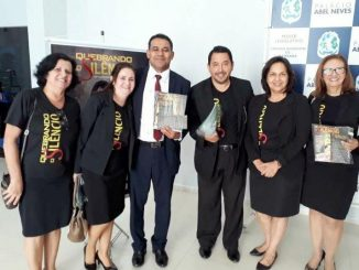 Vereador Lorenil com membros da Igreja Adventista e a líder do Ministério da Mulher da Associação Adventista no Sul de Rondônia, Lucilene Araújo.