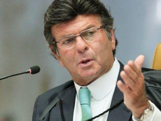 Segundo Luiz Fux, as fake news poluem o ambiente democrático