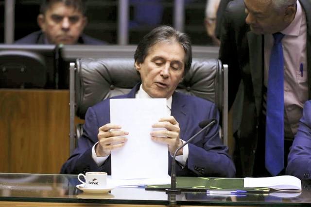 Assuntos tramitam em regime de urgência e serão pautados após 5 de agosto, diz Eunício Oliveira (Valter Campanato/Agência Brasil)