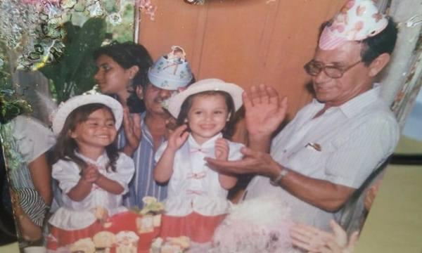 Agenor durante o aniversário das netas Rosiane, filha do Omar da Farmácia, e Fernanda, filha do Roberto Gutierrez. Aofndo está Nelson Baracho que, assim como Agenor, também era aniversariante. (in memoria)