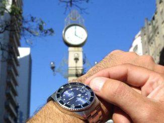 Relógios deverão ser ajustados em 4 de novembro, início do horário de verão em 2018 (Renato Araújo/ABr/ABr)