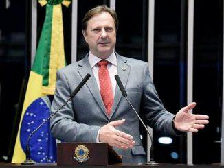 O senador Acir Gurgacz agradeceu as manifestações de apoio que têm recebido e salientou que está cumprindo a decisão da primeira turma do Supremo Tribunal Federal (STF) com serenidade e de cabeça erguida.