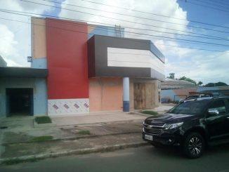 Cine Milani fica localizado na avenida Seis de Maio, Centro de Ji-Paraná/RO