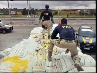 A droga estava em meio a uma carga de farinha.