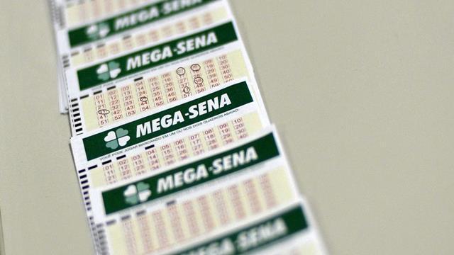Mega-Sena acumula e deve pagar R$ 105 milhões