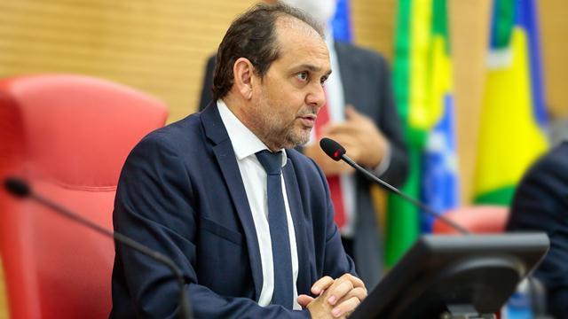 Presidente da Assembleia Legislativa defende reabertura do comércio e testes massivos na população para definir quarentena social