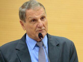 Adelino Follador cobra do Executivo o pagamento de insalubridade aos servidores da Saúde