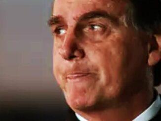 """""""Vai ter mais"""", diz Bolsonaro sobre ação da PF no Rio"""
