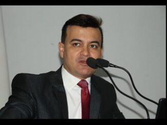 Edivaldo Gomes pede convênio entre prefeitura e Cimcero. Foto: Marcos Gomes