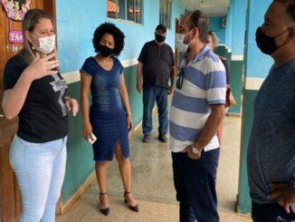 Deputado Laerte Gomes confirma apoio para reforma de refeitório da Escola Municipal Américo Casara de Costa Marques