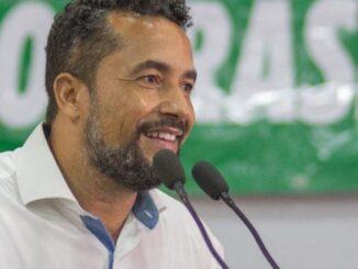 Justiça suspende processo de cassação contra Isaú