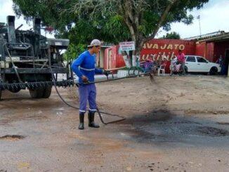 Ampliadas frentes de tapa-buracos em Ji-Paraná