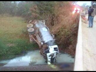 Caminhão de Leite acidente e morte